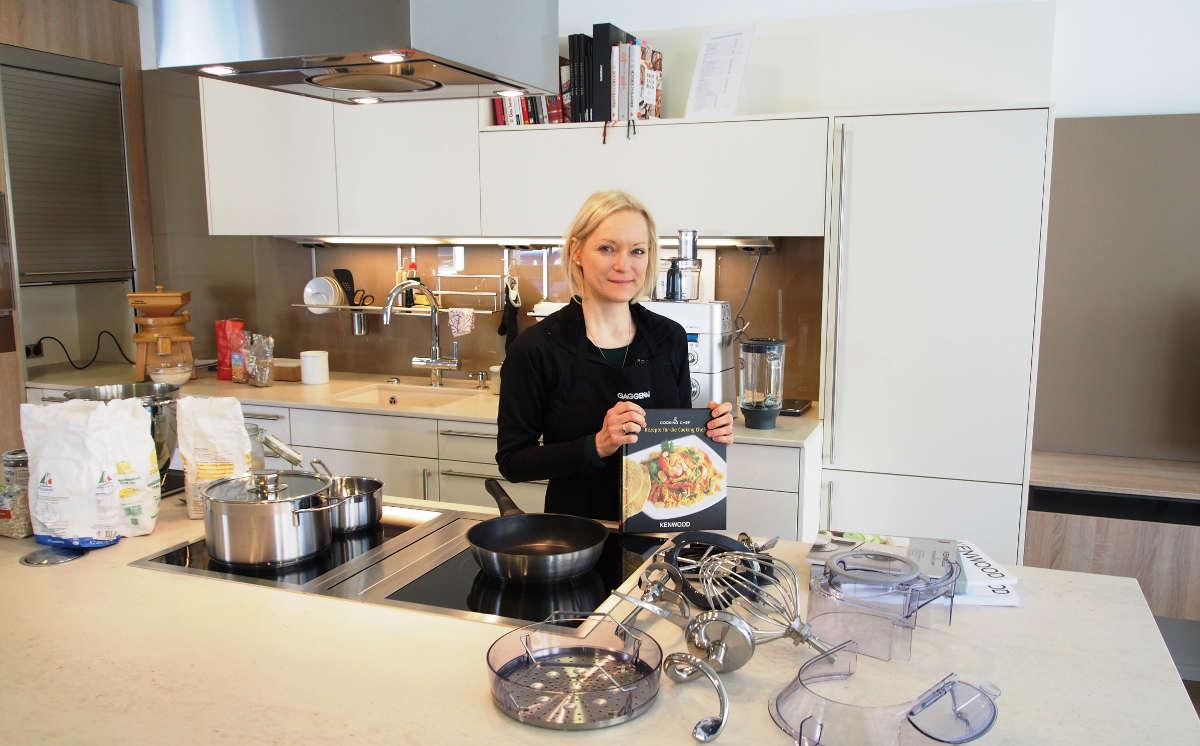 hartleb neuzugang in unserer aktivk che kenwood cooking chef. Black Bedroom Furniture Sets. Home Design Ideas