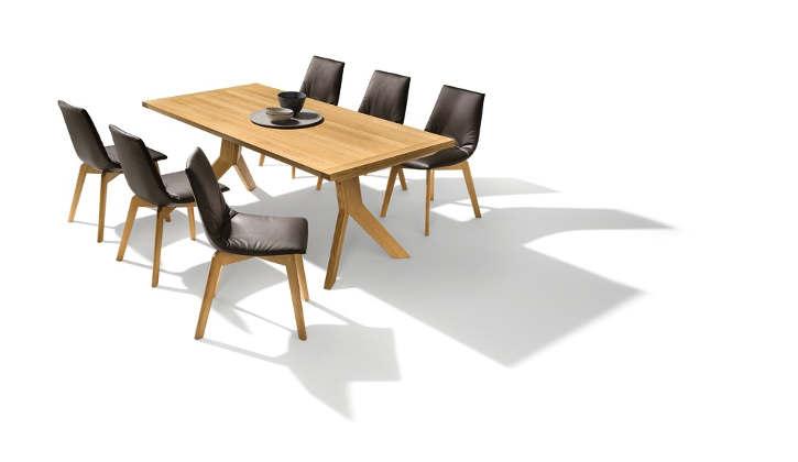 Team 7 - Yps-Tisch & Lui-Stühle
